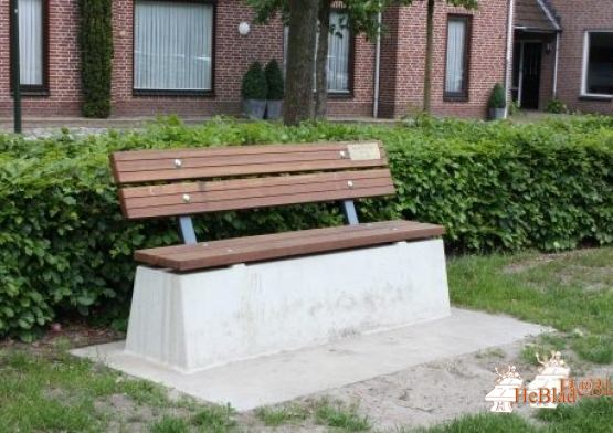 Bench DeLuxe with bottom plate and backrest Naural Concrete