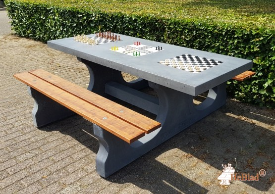 Multi Gaming table, chess-ludo-checkers anthracite-concrete