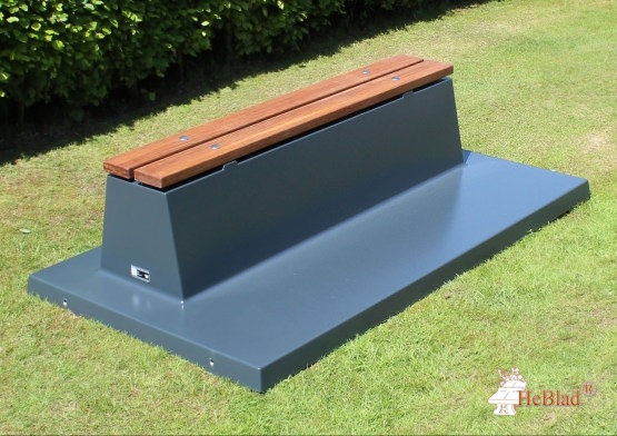 Concrete bench with bottom plate and bamboo seats, anthracite